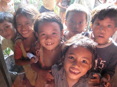 Childrens in Bhutanese Refugee Camp(photos:flickrs)